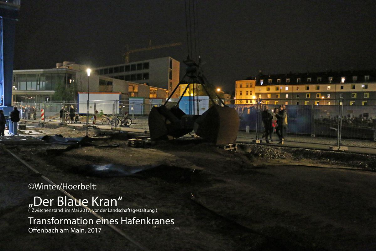1_Titel_BlauerKran_Schaufel-Kopie