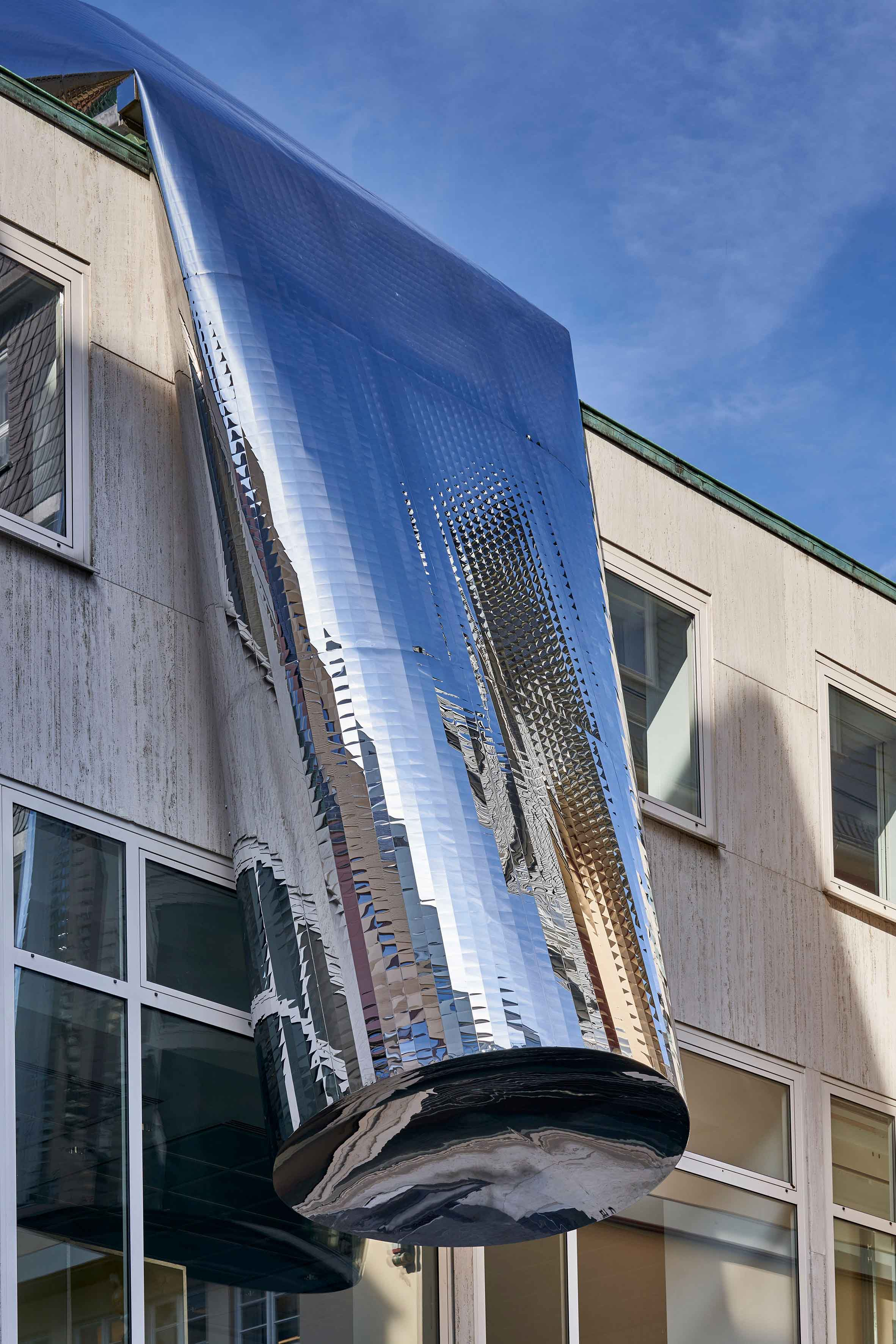 FKV_WinterHoerbelt_Die Grosse Illusion_photo:Norbert Miguletz@Frankfurter Kunstverein