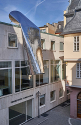 FKV_WinterHoerbelt_Die Grosse Illusion_2018_photo:Norbert Miguletz@Frankfurter Kunstverein
